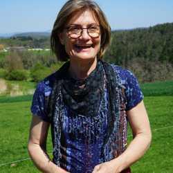 Regina HARRISON-SCHELKER